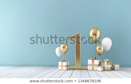 お誕生日おめでとうございます · 1 · 年 · キャンドル · 文字 · 人形 - ストックフォト © compuinfoto