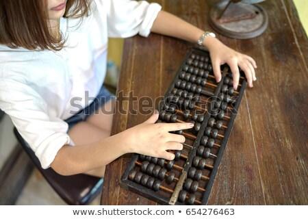 női · bankár · fiatal · üzlet · elemző · öltöny - stock fotó © jayfish