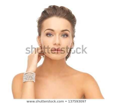 gyönyörű · nő · gyöngy · fülbevalók · karkötő · szépség · ékszerek - stock fotó © elnur