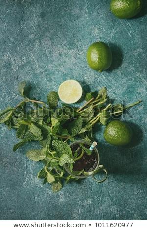 alcohol · cóctel · turquesa · naranja · sangre · frutas - foto stock © dashapetrenko