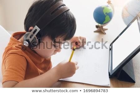 Nino deberes libros pluma estudiante casa Foto stock © photography33