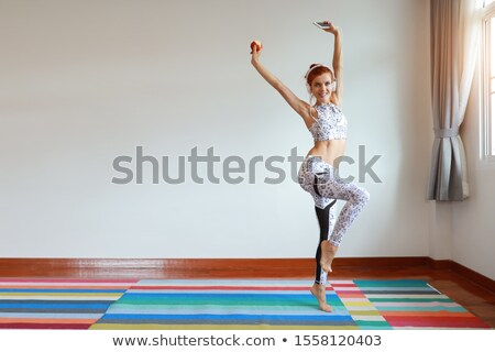zumba · fitness · donna · dancing · isolato · bianco - foto d'archivio © dolgachov