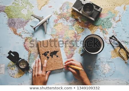 Felfedező néz iránytű erdő szemek térkép Stock fotó © photography33