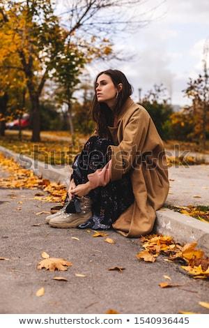 Cute brunette deprimerend haren pijn vrouwelijke Stockfoto © photography33
