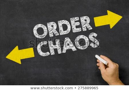 Celu chaos napisany tablicy piśmie arrow Zdjęcia stock © Zerbor