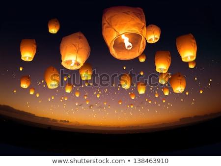 Vuelo linternas ilustración cielo mujer nina Foto stock © adrenalina