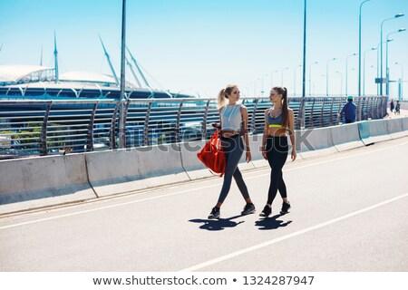 iki · kızlar · yürümek · kız · doğa · sonbahar - stok fotoğraf © IS2