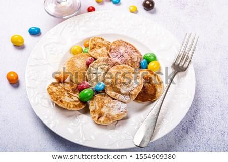Vers gebakken traditioneel nederlands weinig pannenkoeken Stockfoto © Melnyk