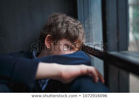 fiú · rejtőzködik · arc · portré · kaukázusi · kezek - stock fotó © stockyimages