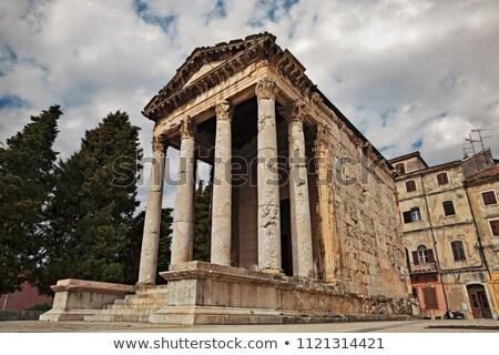 Eski Roma tapınak Hırvatistan Bina inşaat Stok fotoğraf © anshar