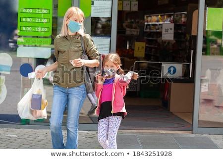 Сток-фото: молодые · матери · ребенка · магазин · девушки · стороны