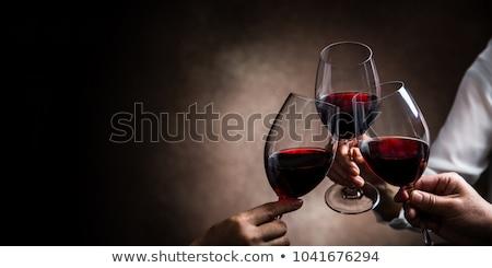 şarap bardakları siyah ağaç gözlük kırmızı gül beyaz şarap Stok fotoğraf © neirfy