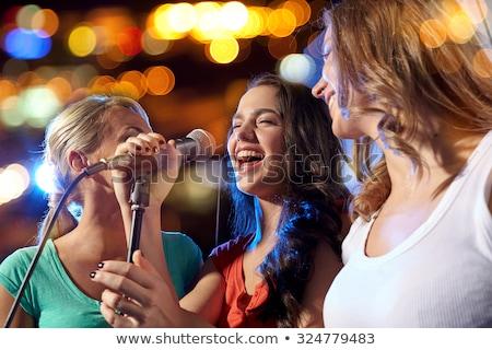 młodych · rock · star · piękna · dziewczyna · śpiewu · etapie - zdjęcia stock © elnur