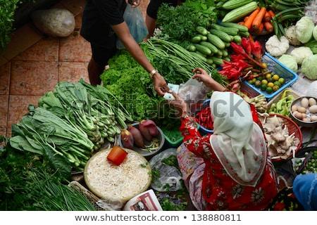 Müslüman insanlar alışveriş geleneksel pazar Bina Stok fotoğraf © artisticco