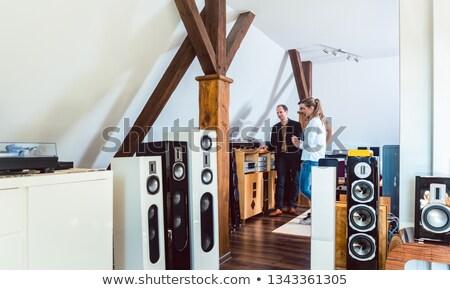 nő · zenét · hallgat · hifi · sztereó · otthon · zene - stock fotó © kzenon