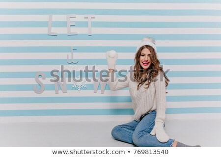 肖像 · かわいい · 笑みを浮かべて · 少女 · 白 · ジーンズ - ストックフォト © ElenaBatkova