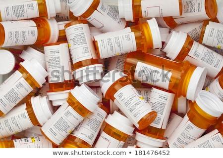 Foto stock: Medicamentos · recetados · aislado · blanco · salud · medicina · botella