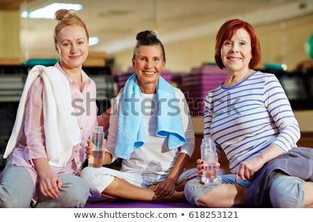 tornaterem · haverok · üvegek · víz · mosoly · nők - stock fotó © photography33