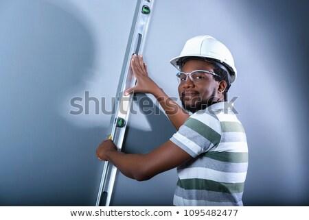 Aprendiz carpinteiro construtor adolescente martelo Foto stock © lovleah