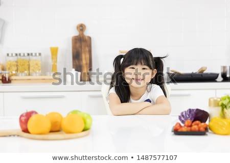 menina · fechar · olhos · criança - foto stock © ozgur