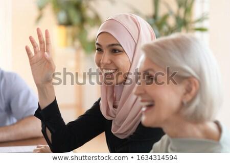 Jóvenes colegas toma negocios debate empresario Foto stock © pressmaster