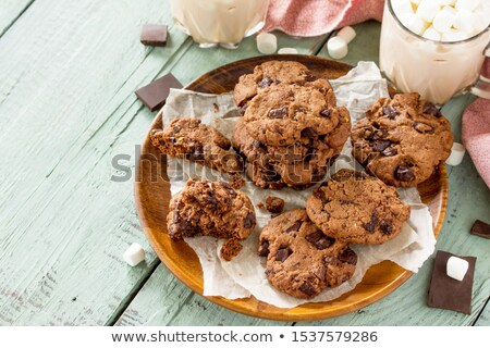 Csokoládé chip sütik sötét kő étel Stock fotó © masay256