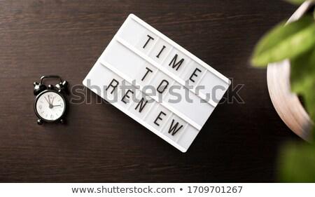 idő · óra · magas · döntés · szavak · tiszta - stock fotó © kbuntu