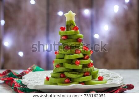 Bebê kiwi árvore frutífera árvore verde fazenda Foto stock © REDPIXEL