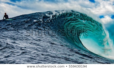 Big Blue Surfing Wave Breaks in Ocean Stock photo © ozaiachin