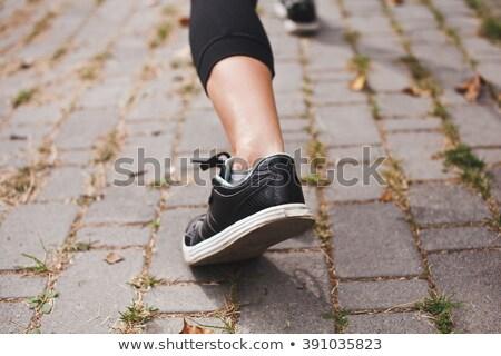 chaussures · de · course · herbe · image · mains · fitness - photo stock © wavebreak_media