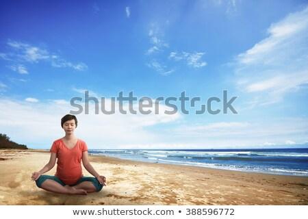 madre · bebé · yoga · mujer · familia · casa - foto stock © alphaspirit