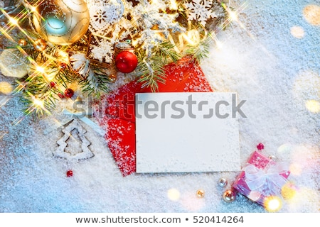 Natale · sveglia · scatola · regalo · ramo · tavolo · in · legno - foto d'archivio © karandaev