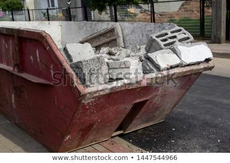 Vermelho recipiente edifício demolição metal construção Foto stock © laciatek