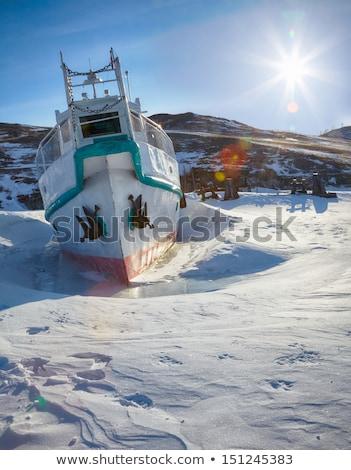 barco · congelado · invierno · vista · buque · cielo - foto stock © zastavkin