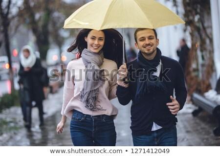 cara · menina · guarda-chuva · posando · juntos · chuva - foto stock © tekso