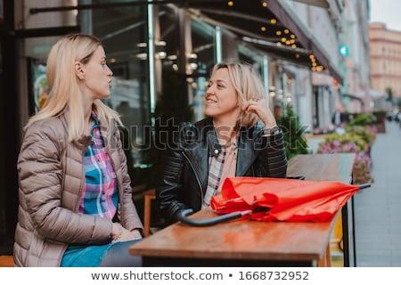 Karşılamak sokak kafe kadın kahve Stok fotoğraf © IS2
