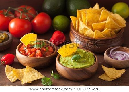 Foto stock: Tradicional · mexicano · aguacate · salsa · mesa · de · madera · verano