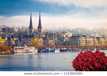 Idyllique ville lac bord de l'eau vue paysages Photo stock © xbrchx