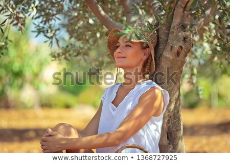 Paisible femme olive jardin plaisir Photo stock © Anna_Om