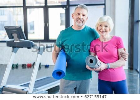 Stock fotó: Idős · pár · testmozgás · együtt · futópad · fitnessz · tornaterem