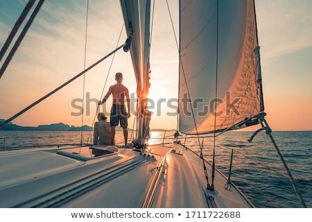 日没 · ボート · 海 · シルエット · 距離 · 自然 - ストックフォト © Gertje