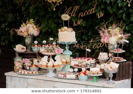 vacances · dessert · buffet · délicieux · chocolat · fruits - photo stock © bartekwardziak