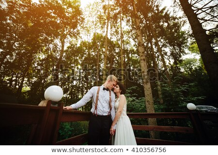 Bruid bruidegom poseren vrouw glimlach paar Stockfoto © tekso