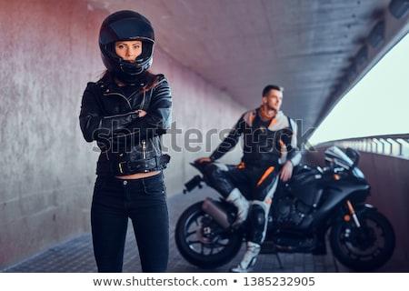 Motoros lány ül motorkerékpár bőrdzseki napszemüveg Stock fotó © cookelma