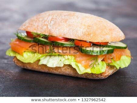 Fresche sani salmone sandwich lattuga cetriolo Foto d'archivio © DenisMArt