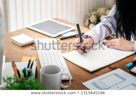 Ontwerper editor werk tekening nieuwe project Stockfoto © snowing