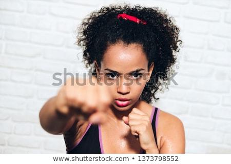 Sterke afro-amerikaanse meisje zwarte vrouw vechten zelfverdediging Stockfoto © diego_cervo