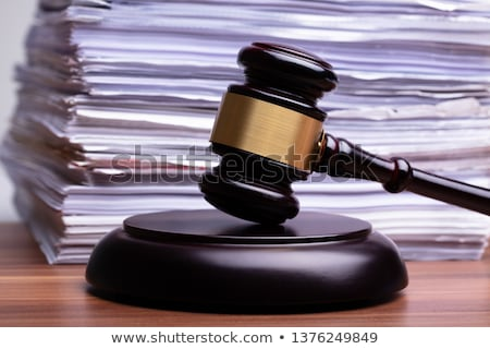 Juez martillo archivos mesa Foto stock © AndreyPopov