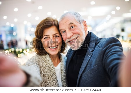 paar · zelfportret · smartphone · home · gelukkig - stockfoto © dolgachov