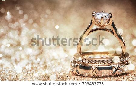 Ouro anéis diamante branco alto Foto stock © oneo